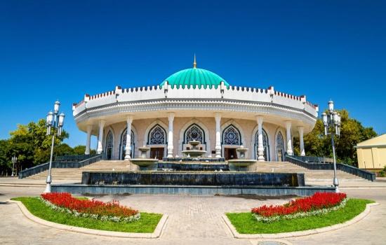 Group tour in Tashkent